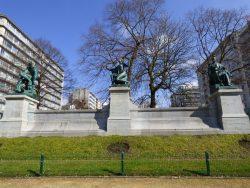L'élément barbare, la civilisation ornée et la société organisée – square Ambiorix – Bruxelles
