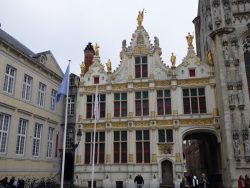 Statues – Ancien greffe civil – Brugge (Bruges)