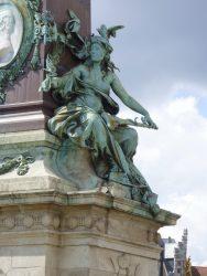 Allégorie de la Magistrature Communale – Fontaine Anspach – Bruxelles