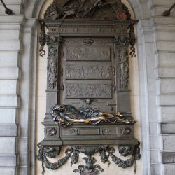 Monument à Éverard t'Serclaes – Grand-Place de Bruxelles