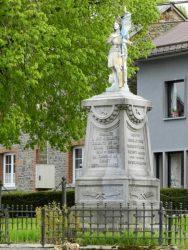 Statue de Jeanne d'Arc et monument aux morts – Sibret