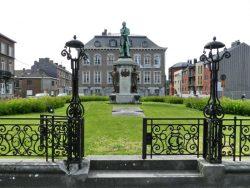 Monument à John Cockerill – statue de Cockerill et ensemble – Seraing