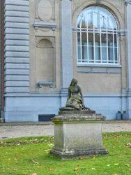 Marguerite à l'église – parc – Tervueren