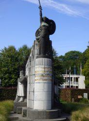 Monument aux fusiliers marins français – Melle