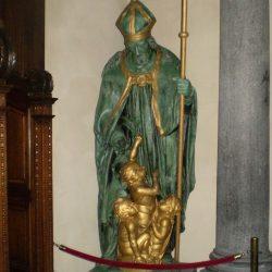 Statue de Saint-Nicolas – Grand-Place de Bruxelles