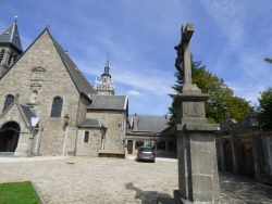 Christ en croix – Près église Saint-Donat – Arlon