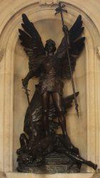 Saint Michel terrassant le démon – Hôtel de Ville de Bruxelles