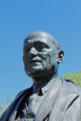 Buste de Robert Schuman – Parc du Cinquantenaire – Bruxelles