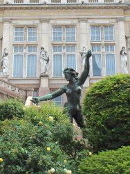 La déesse du Bocq – Hôtel de Ville de Saint-Gilles