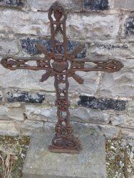 Croix funéraire – cimetière – Anhée (3)