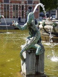 Chimère – Fontaine Anspach – Bruxelles (1)