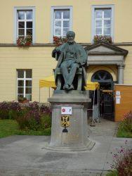 Monument à Eugène Defacqz – Ath