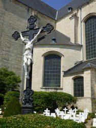 Christ en croix – cimetière des chanoines – Averbode