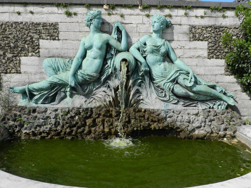 Fontaine aux deux nymphes – Jardin botanique – Saint-Josse ...