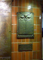 Plaque commémorative 1940-1945 – gare – Brugge (Bruges)