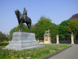 Monument au roi Léopold II – place du Trône – Bruxelles