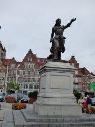 Monument à Christine de Lalaing – Tournai