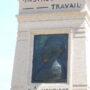 Monument à Émile Henricot - Place des Déportés - Court-Saint-Étienne - Image1