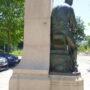 Monument à Émile Henricot - Place des Déportés - Court-Saint-Étienne - Image17