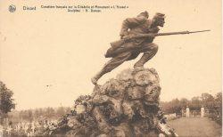 L'Assaut – cimetière militaire français – Dinant