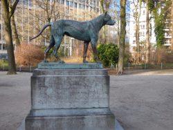 Le Dogue d'Ulm – Parc du Cinquantenaire – Bruxelles