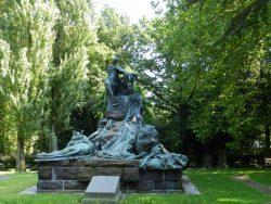 Monument aux officiers britanniques morts à Waterloo – Cimetière de Bruxelles – Evere