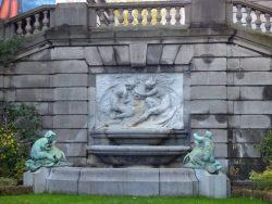 Fontaine des Danaïdes ou Fontaine Horta – Bruxelles