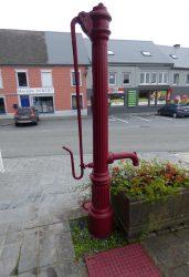 Pompe à bras – Place Albert Ier – Froidchapelle