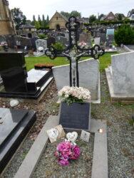 Croix funéraire – cimetière – Herzele (1)