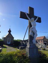 Christ en croix – cimetière – Humbeek (Grimbergen)