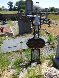 Croix funéraire – cimetière – Huppaye (Ramillies) (7)