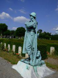 Soldat – Cimetière – Pelouse d'honneur – Ixelles (4)