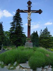 Christ en croix – cimetière – Jette