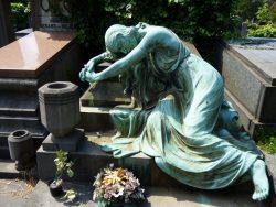 Pleureuse – Monument funéraire Quertin-Mont-Schreiner  – Cimetière – Jette