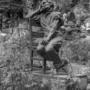 Homme assis sur une chaise - Hôtel de Ville - Saint-Gilles - Image10