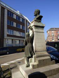 Monument à Vital Decoster – Leuven (Louvain)