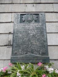 Stèle commémorative – Hôtel de ville – Liège