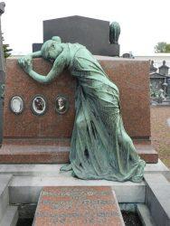 Pleureuse – Monument funéraire Cogen-Arens – Cimetière – Molenbeek-Saint-Jean