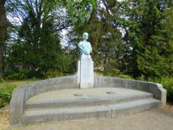 Buste de la Reine Astrid – parc du Waux-Hall – Mons (copie)