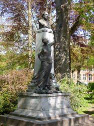 Monument à Antoine Clesse – Place du Parc – Mons (détruit et remplacé)