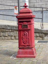 Borne postale – Rue des Clercs – Mons