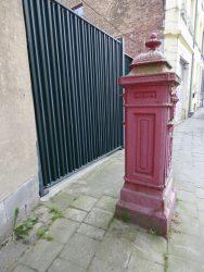 Borne postale – Rue de Mons – Nivelles