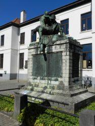 Monument aux morts – Sint-Pieters-Leeuw (enlevé)