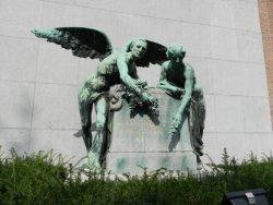 Monument à Édith Cavell et Marie Depage – Uccle (enlevé)