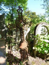 Croix funéraire – cimetière – Uccle (1)