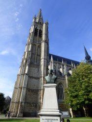 Monument à  Alphonse Vandenpeereboom – Ieper (Ypres) (détruit et remplacé)