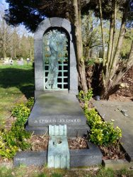 Pleureuse – Tombe Lebrun-Journoud – cimetière de Bruxelles – Evere