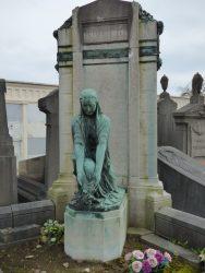 Pleureuse – Monument funéraire Famille Peeters – Cimetière – Molenbeek-Saint-Jean